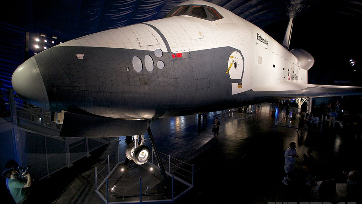 Nasa Space Shuttle Enterprise Aboard The Uss Intrepid In Pictures