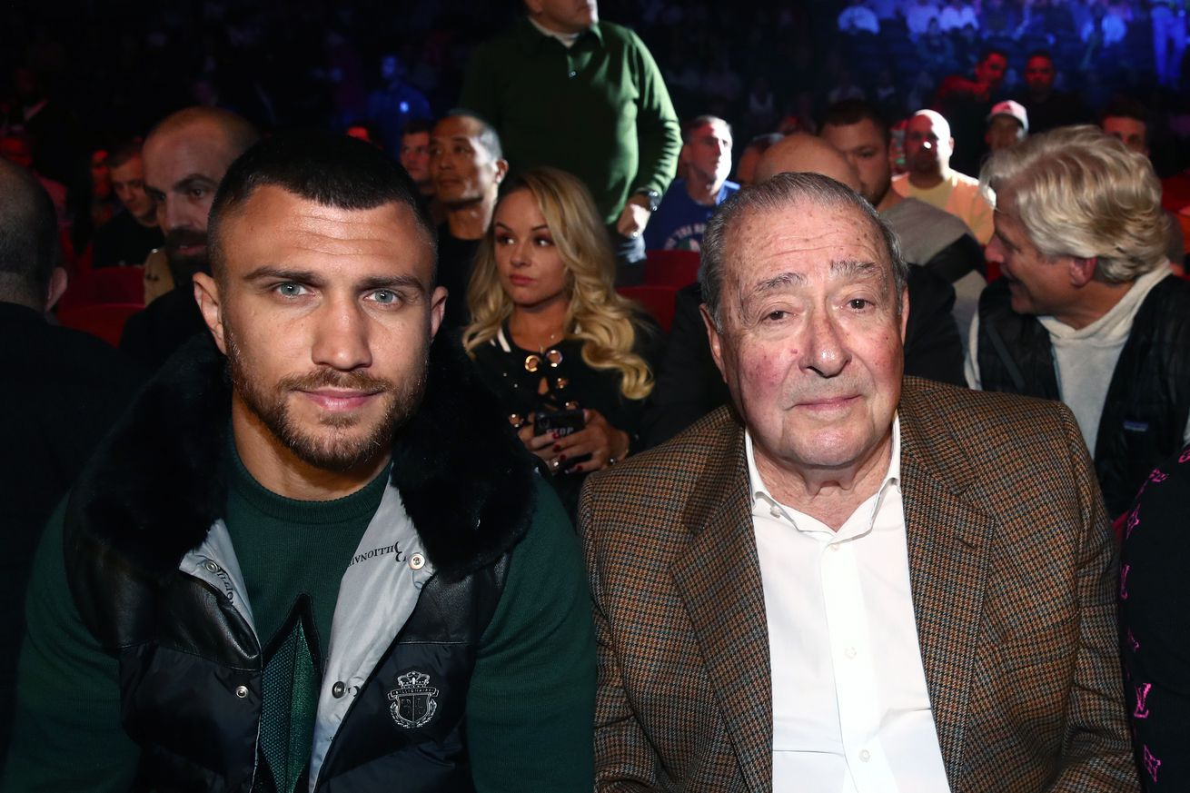 1176819947.jpg.0 - Lomachenko-Lopez to have some fans, Top Rank giving tickets to first responders