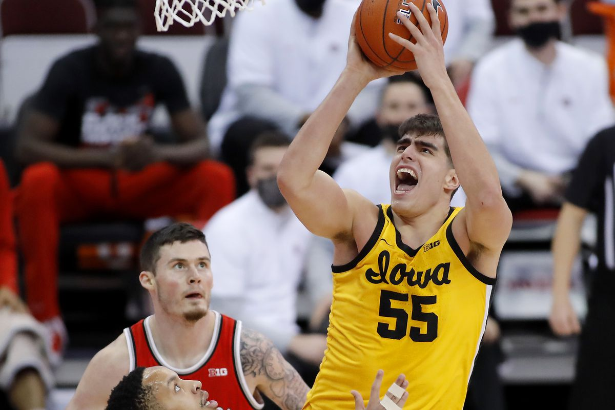 Iowa Hawkeyes center Luka Garza shoots the ball over Ohio State Buckeyes guard CJ Walker during the first half at Value City Arena.