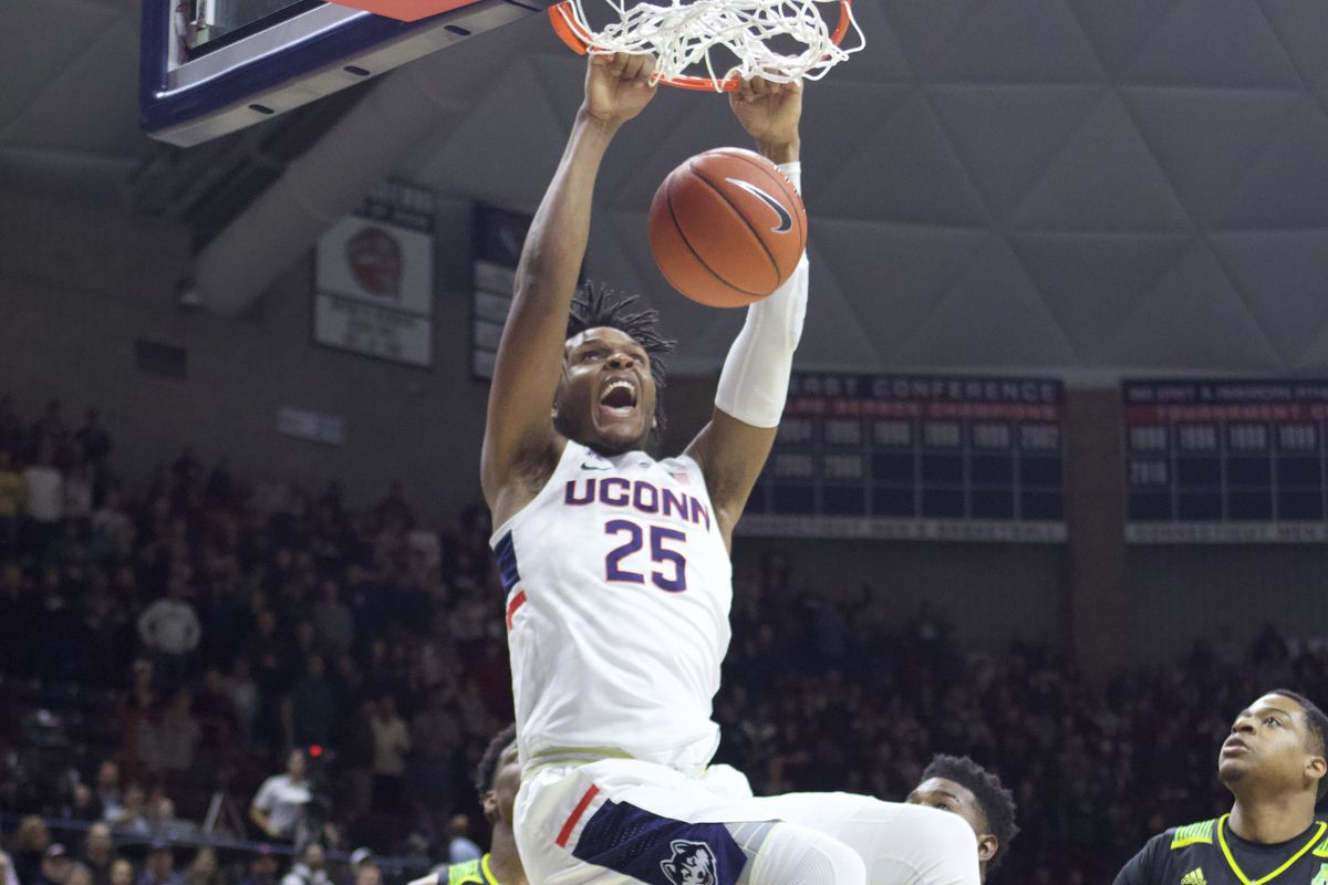 UConn Men's Basketball Grinds Out Tight Win Over USF - The UConn Blog