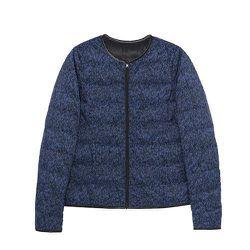"<b>Comptoir des Cotonniers</b> Mademoiselle Plume, <a href=""http://www.comptoirdescotonniers.co.uk/eboutique/womens-collection/jackets-and-coats/5860-peprint-color-bleu-roi-noir-peprint.html?look_Id=4225"">$145</a>"