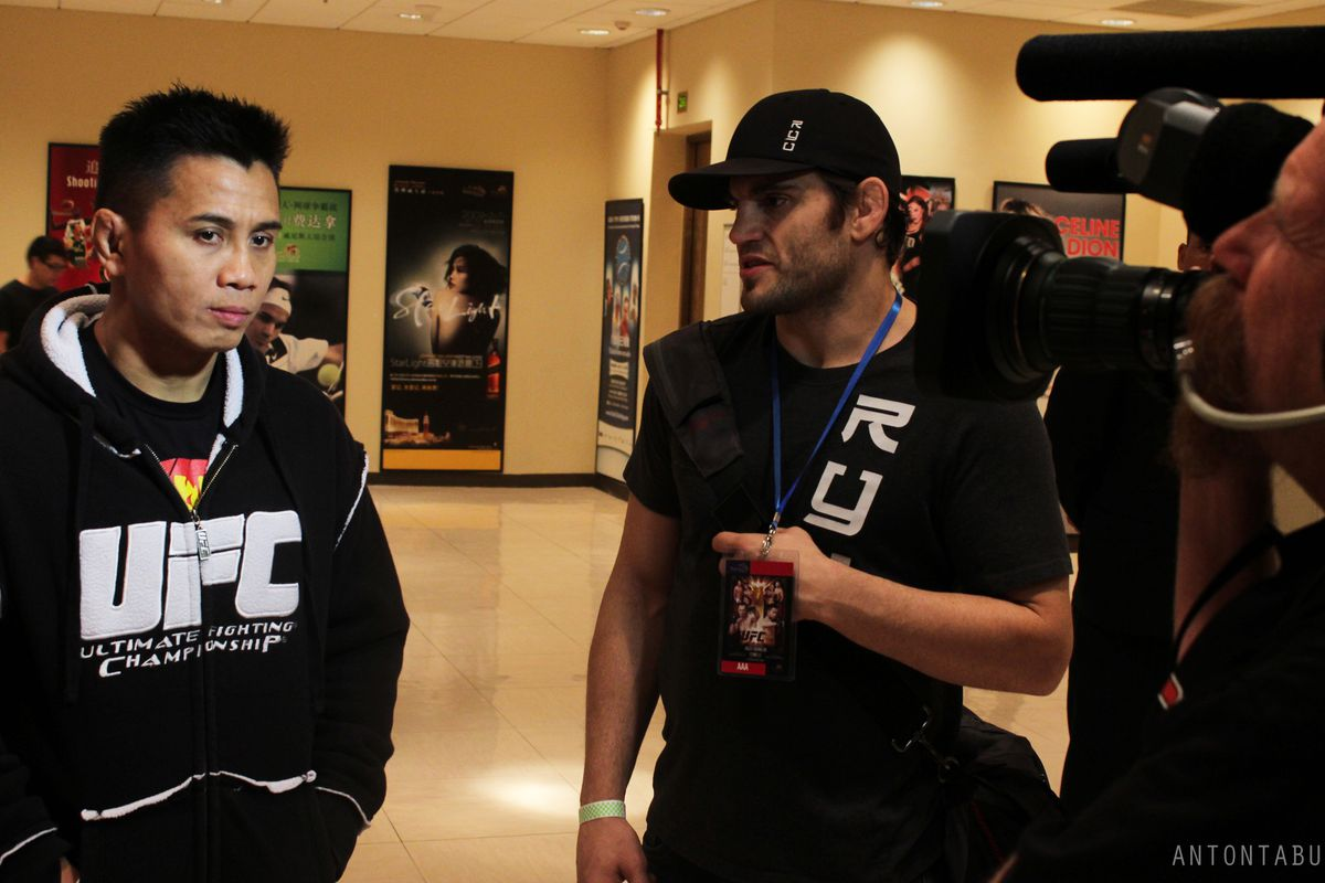 Cung Le and Jon Fitch, Photo by Anton Tabuena