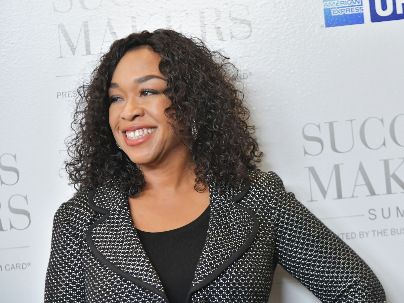 Four Takeaways From Shonda Rhimes's Deal With Netflix - The