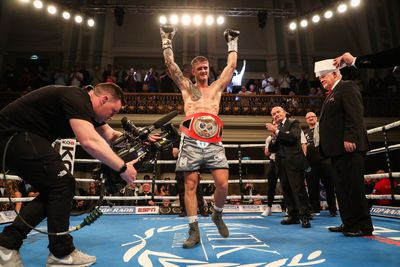 mcculloughgeraghty - Burnett returns with stoppage win over Gomera, McCullough knocks out Geraghty