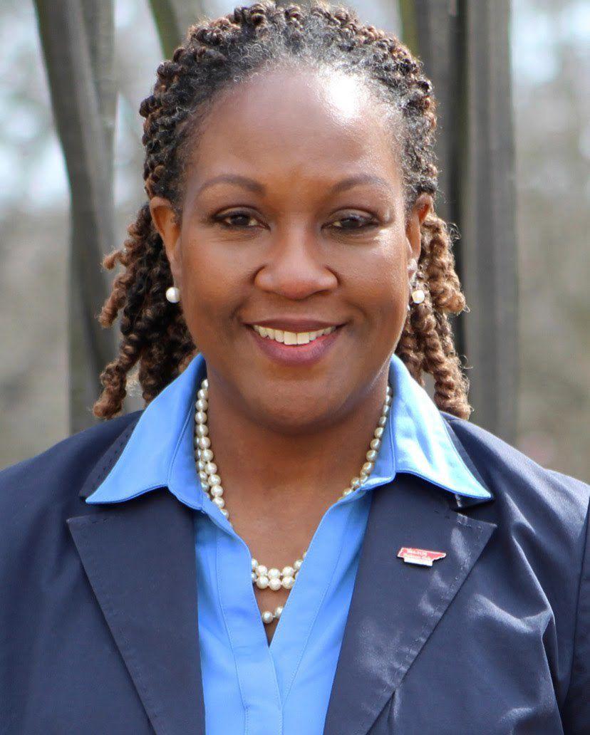 Headshot of Danette Stokes