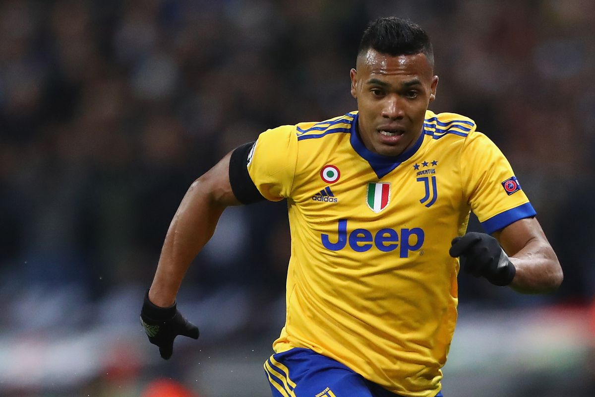 cc41e60db Alex Sandro injured while on international duty with Brazil - Black ...