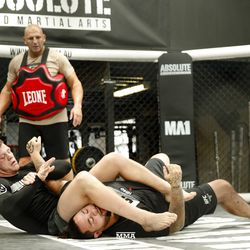 Jim Crute shows off his ground game at UFC 234 media workout.