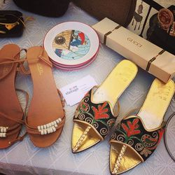 """<a href=""""https://www.facebook.com/corevintage""""target=""""_blank"""">Core Vintage</a>'s designer accessories game was on-point."""