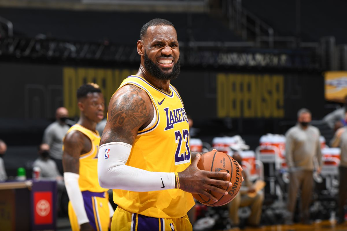 LeBron James of the Los Angeles Lakers looks on during the game against the Detroit Pistons on February 6, 2021 at STAPLES Center in Los Angeles, California.