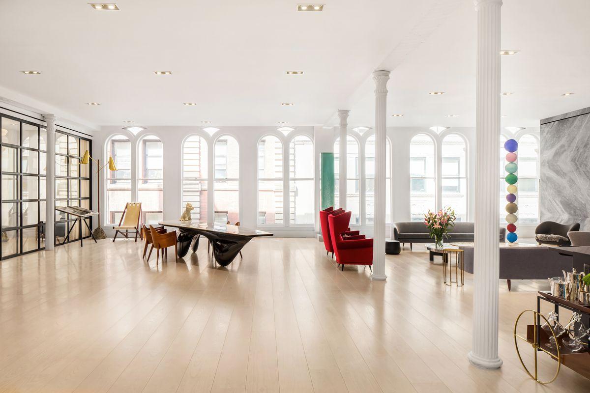 Huge tribeca loft seeks 15m after dramatic revamp curbed ny for Tribeca loft for sale