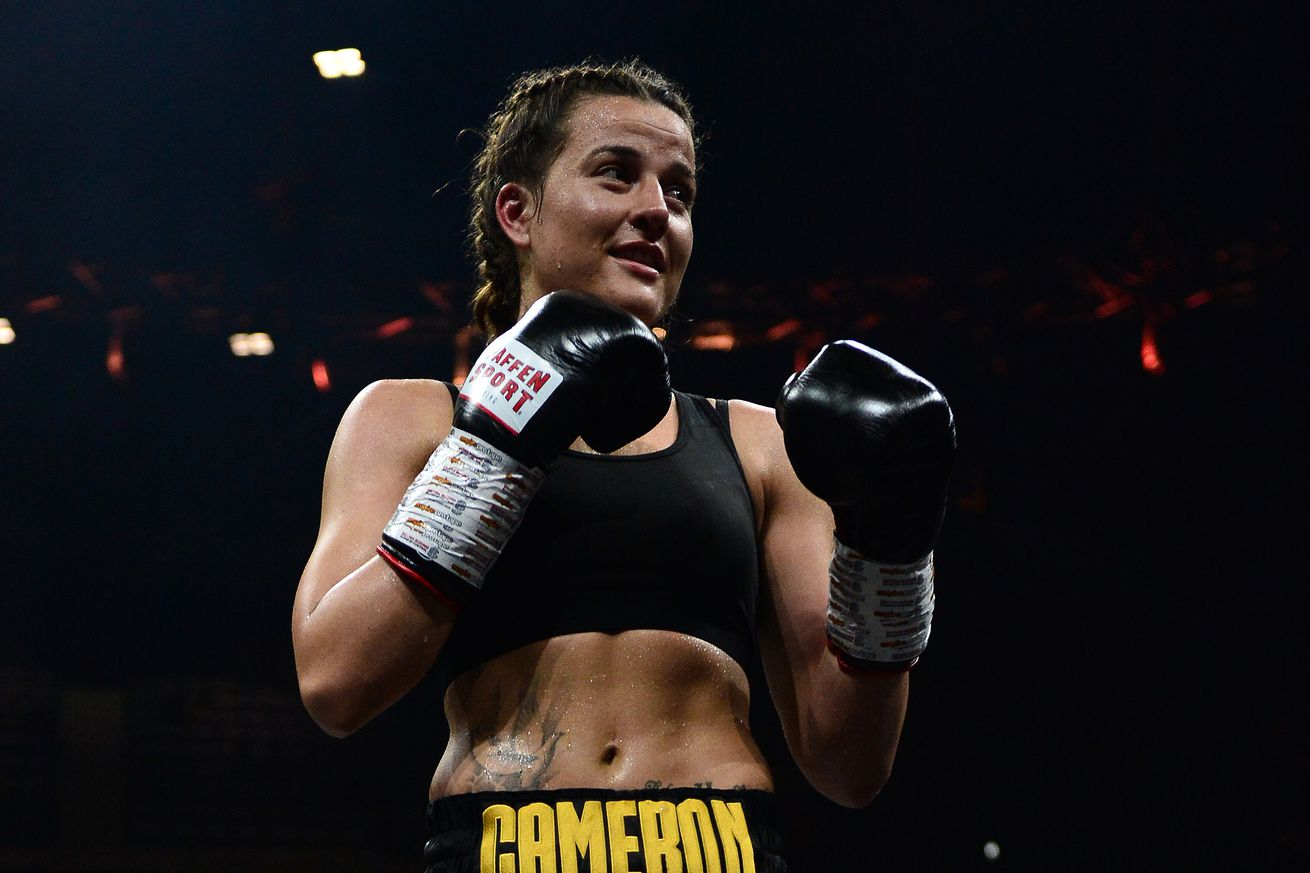1144704276.jpg.0 - Cameron-Araujo in the works for vacant WBC title