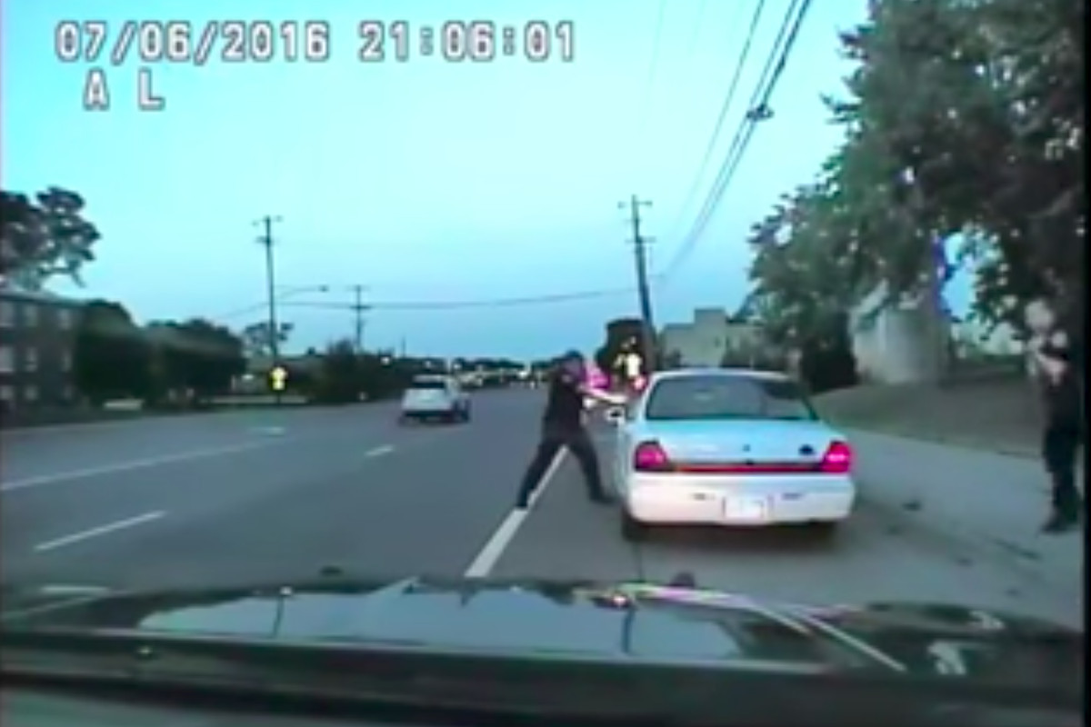 The dash-cam footage the jury saw before clearing the cop who shot