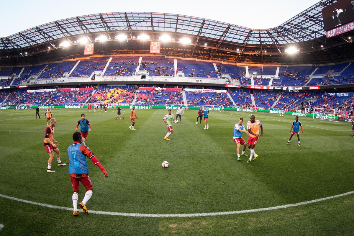 Red bulls pull out the old MetroStars Jerseys for warm ups.