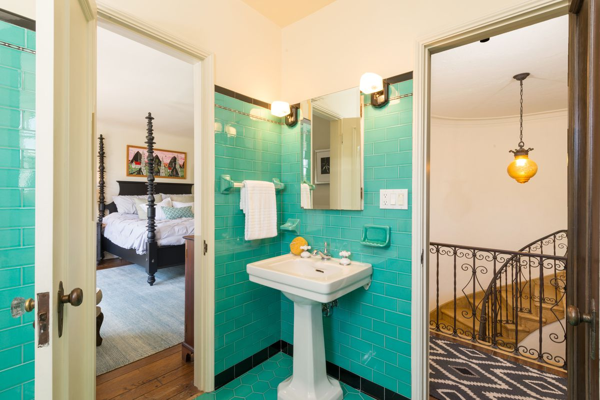 Los Feliz Spanish-style with sweet guest house seeks $2.1M - Curbed LA
