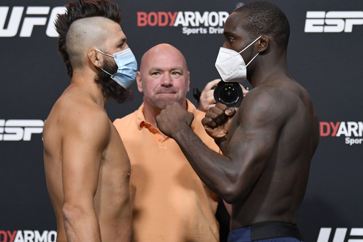 Opponents Bryan Barberena and Anthony Ivy face off during the UFC Fight Night weigh-in at UFC APEX on September 11, 2020 in Las Vegas, Nevada.