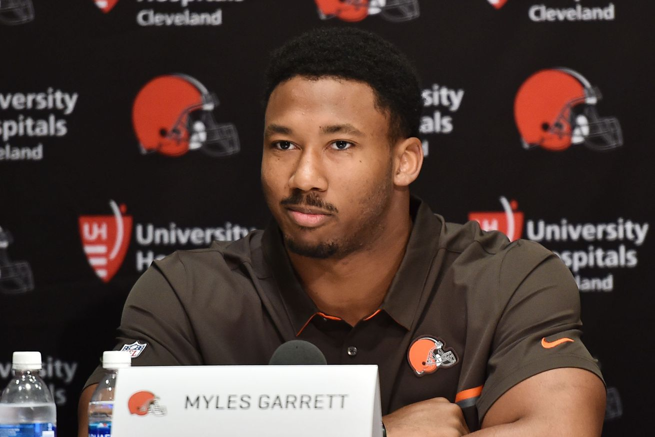 Myles Garrett's expected sack total for rookie season may surprise you