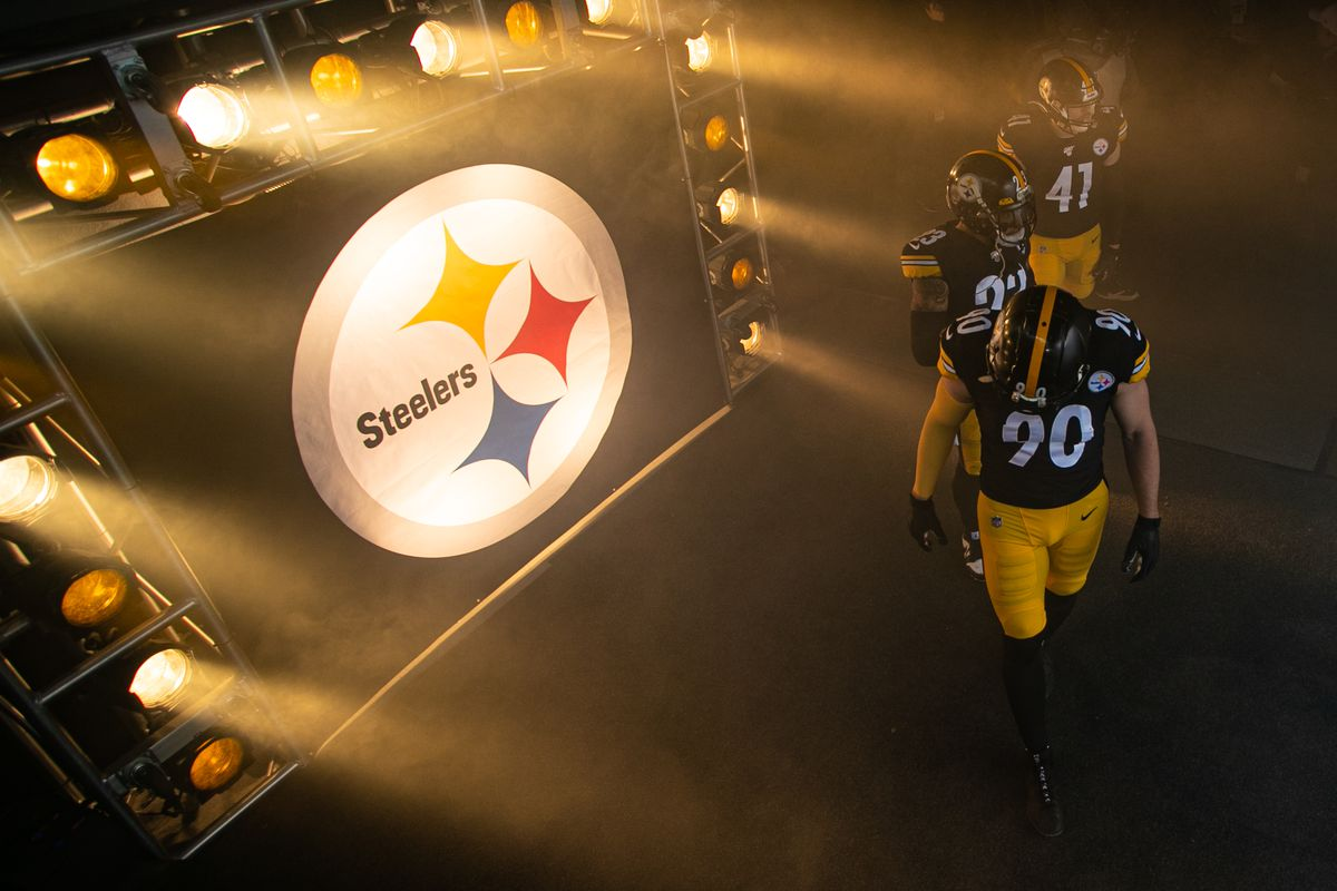 Pittsburgh Steelers outside linebacker T.J. Watt (90) leads the defense out of the tunnel during the NFL football game between the Cleveland Browns and the Pittsburgh Steelers on December 01, 2019 at Heinz Field in Pittsburgh, PA.