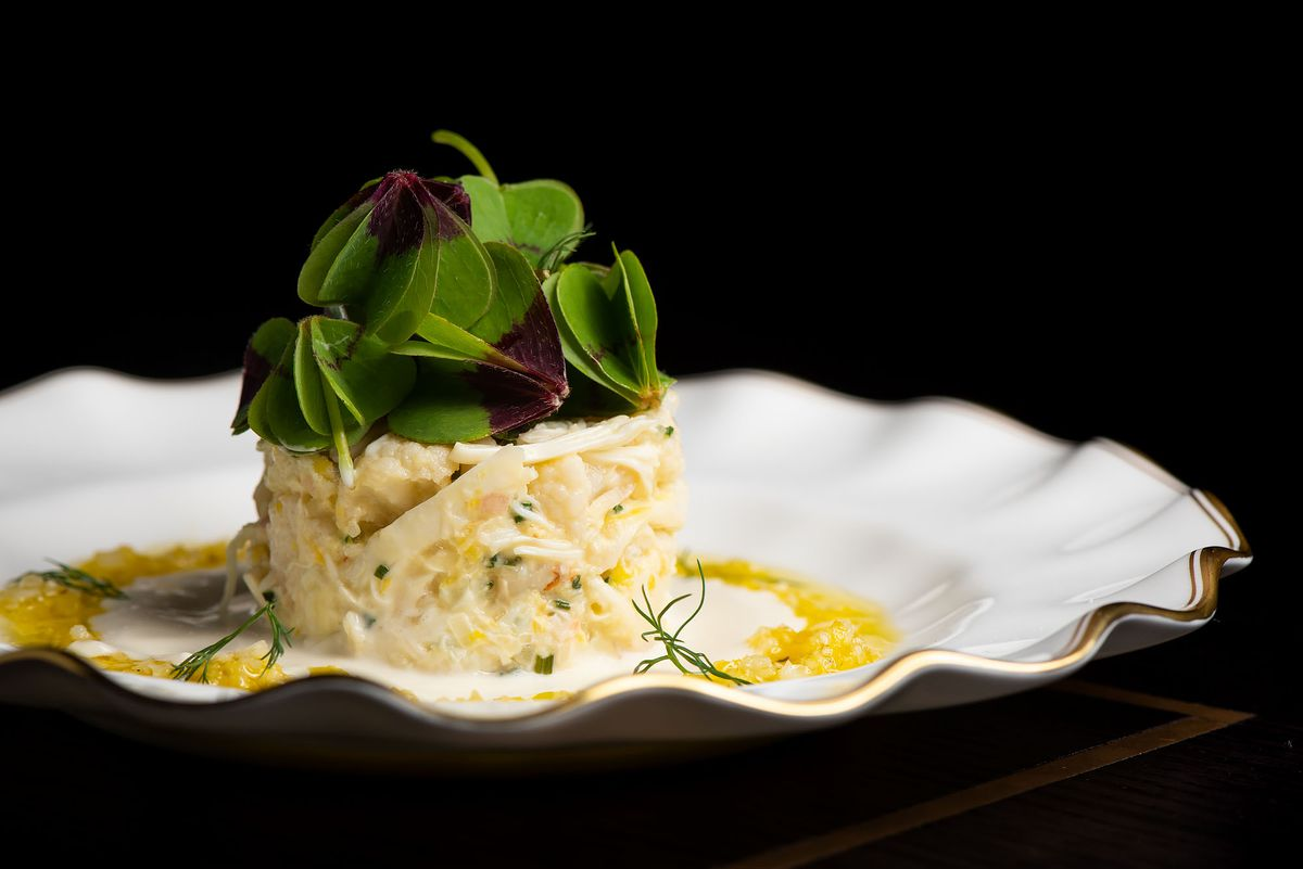 Crab with pickled cauliflower at Pasjoli