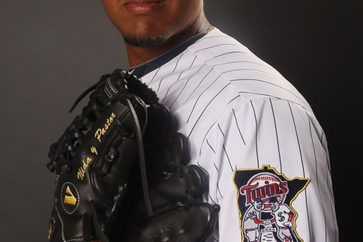 FORT MYERS, FL - FEBRUARY 27:  Lester Oliveros #17 of the Minnesota Twins poses for a portrait on February 27, 2012 at Hammond Stadium in Fort Myers, Florida.  (Photo by Elsa/Getty Images)