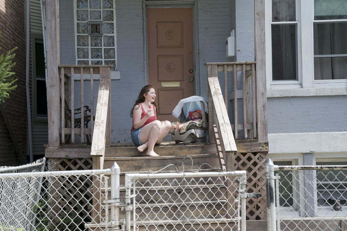 """Actress Emma Kenney does a seventh-season """"Shameless"""" scene at the Lawndale home used to depict the Gallaghers' house in Canaryville.   SHOWTIME"""