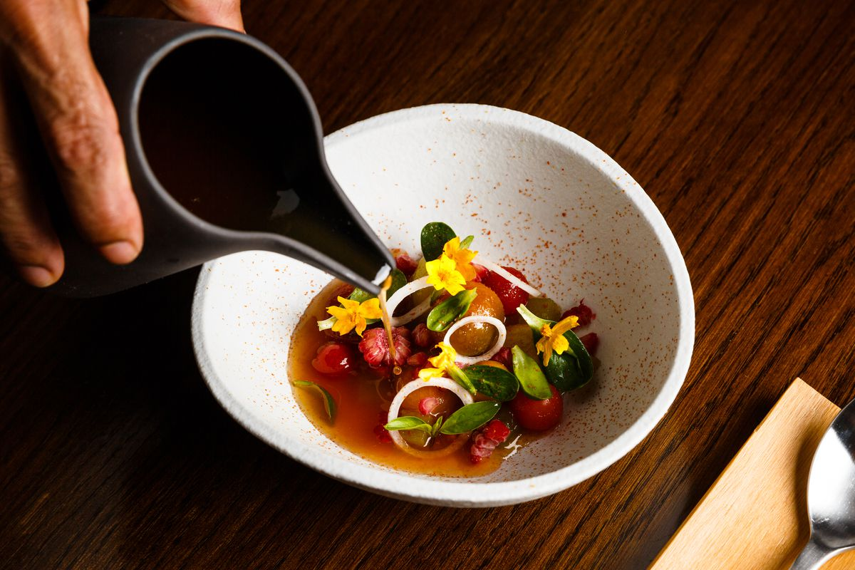 Tomatoes with rhubarb and onion