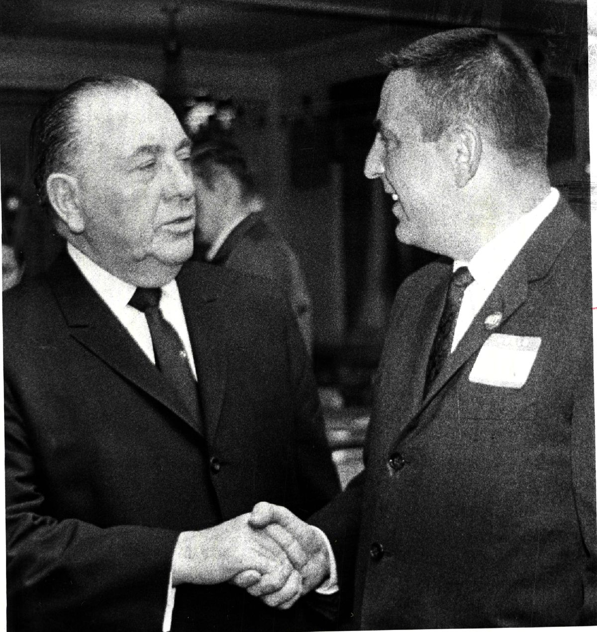 Two old political foes, Mayor Richard J. Daley and Abner Mikva, former state representative, talk at a dinner for Daley in the Concord Hilton Hotel in 1967.   Sun-Times Library