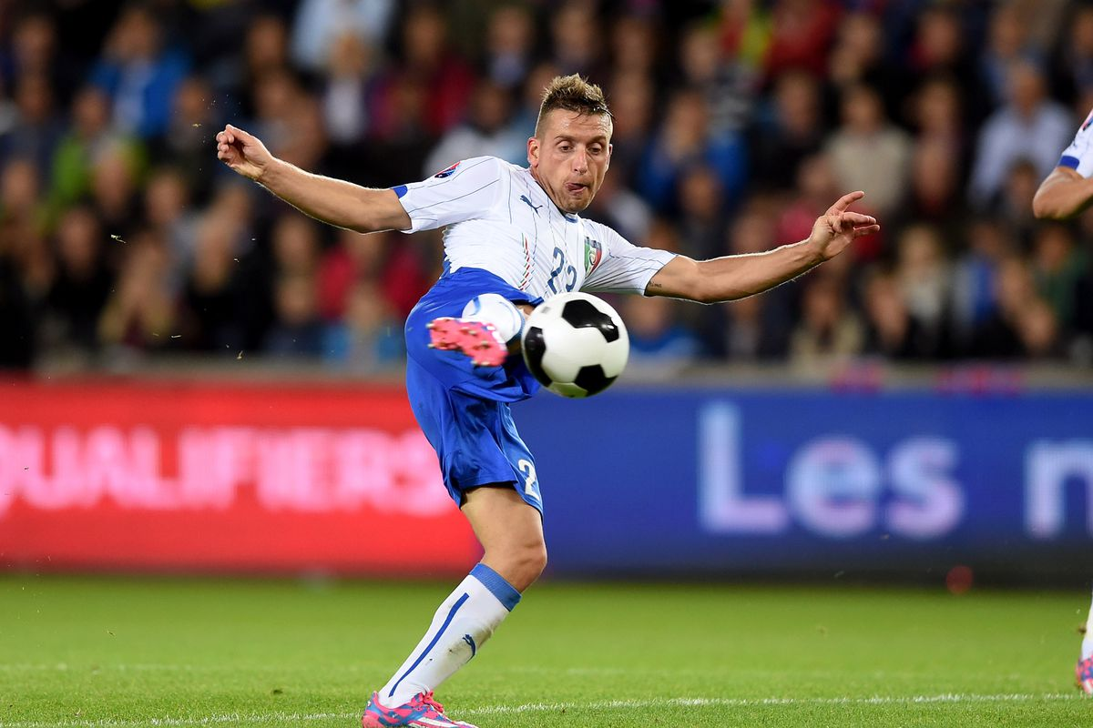 Emanuele Giaccherini in action against Norway