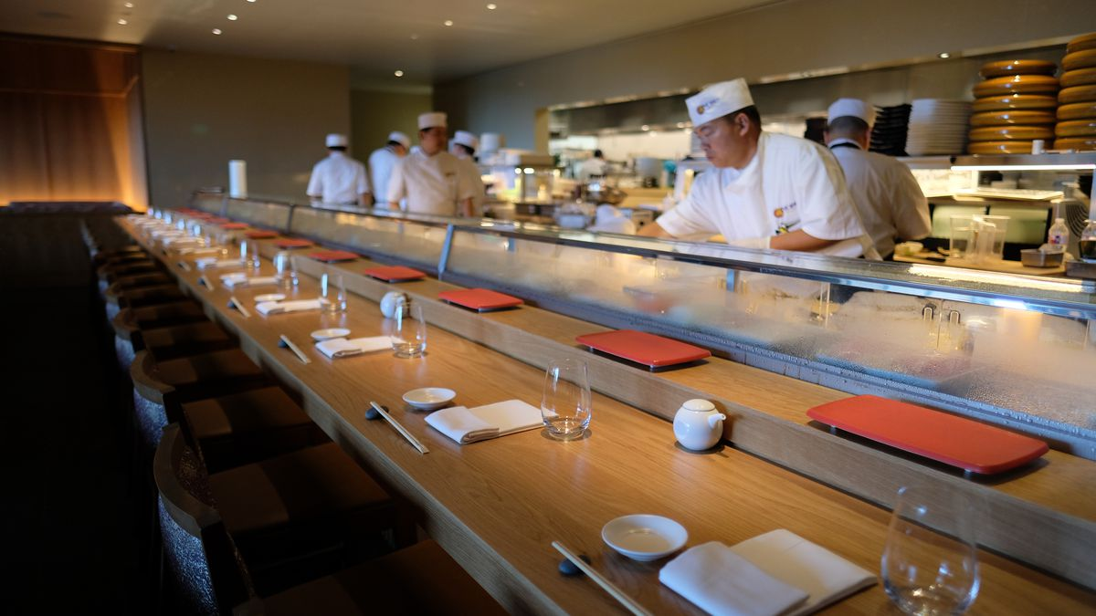 Take A Walk Around Nobu The Galleria S Newest Sushi