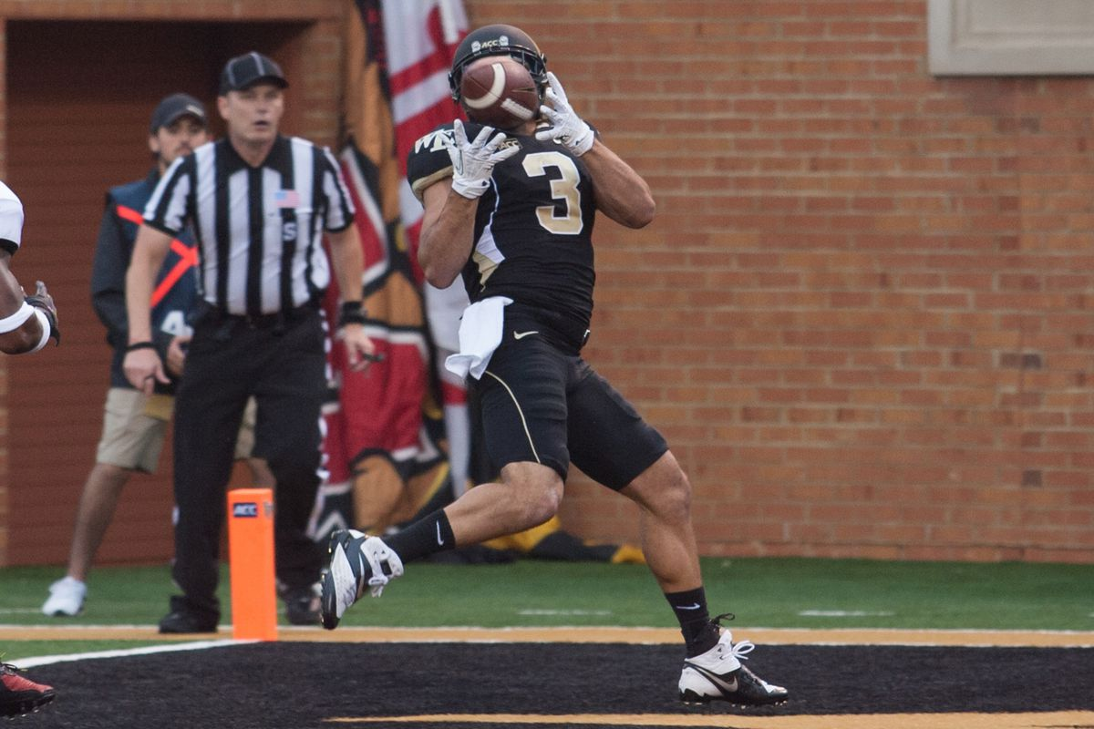 Michael Campanaro scores another TD for the Deacs.