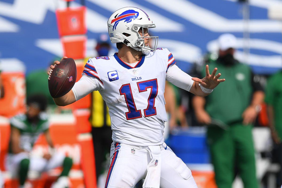Buffalo Bills quarterback Josh Allen passes the ball against the New York Jets during the third quarter at Bills Stadium.
