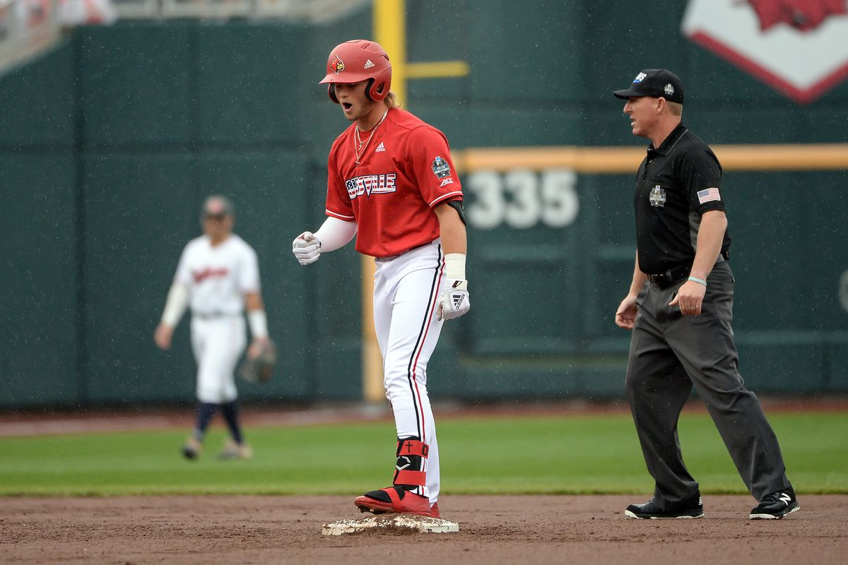 Louisville survives and advances in College World Series with 5-3 win over Auburn
