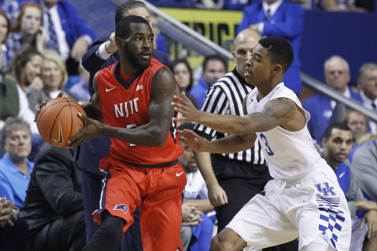 Damon Lynn and the Highlanders held their own against Kentucky early but were eventually overwhelmed.