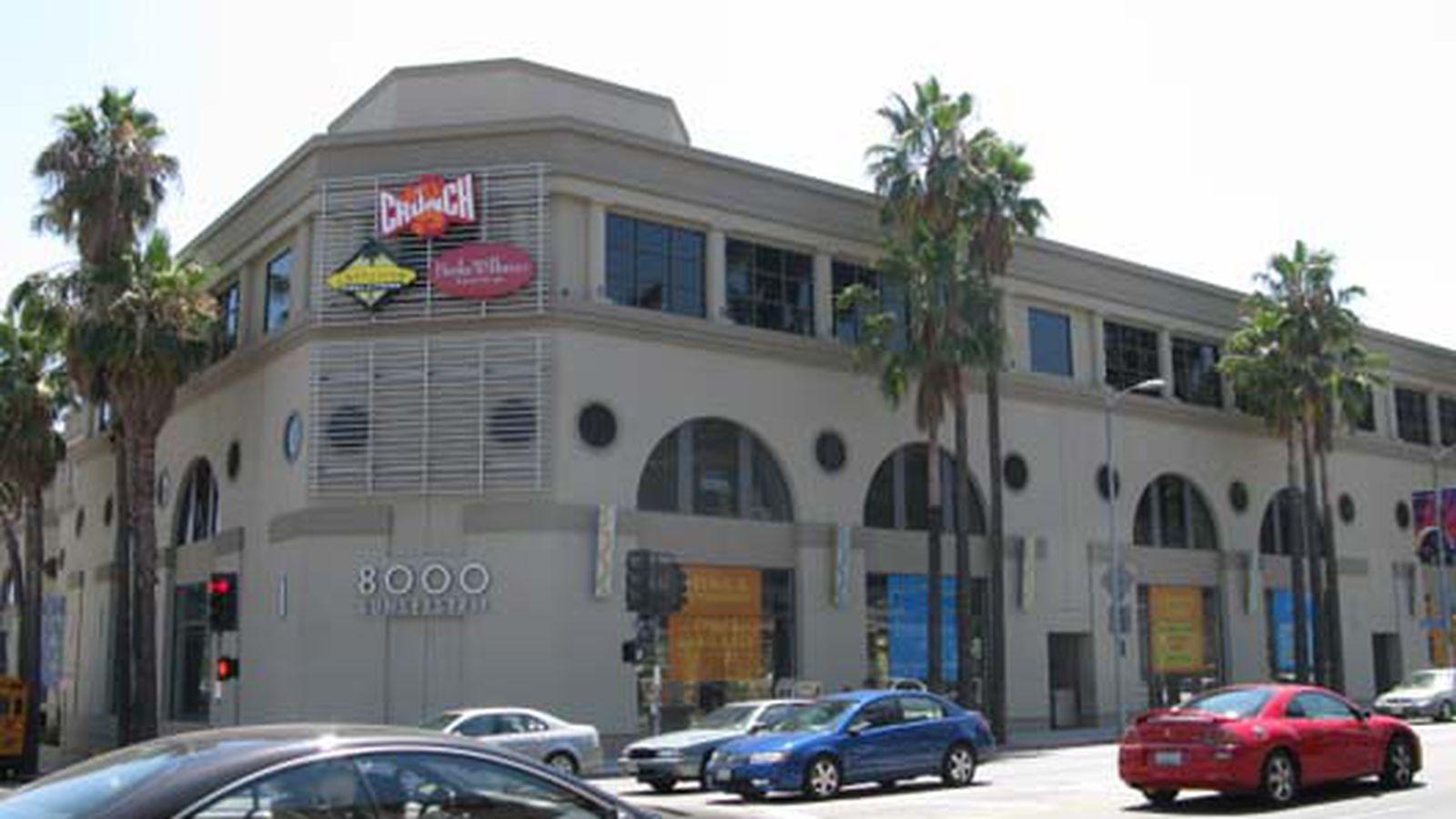 California Pizza Kitchen Closing