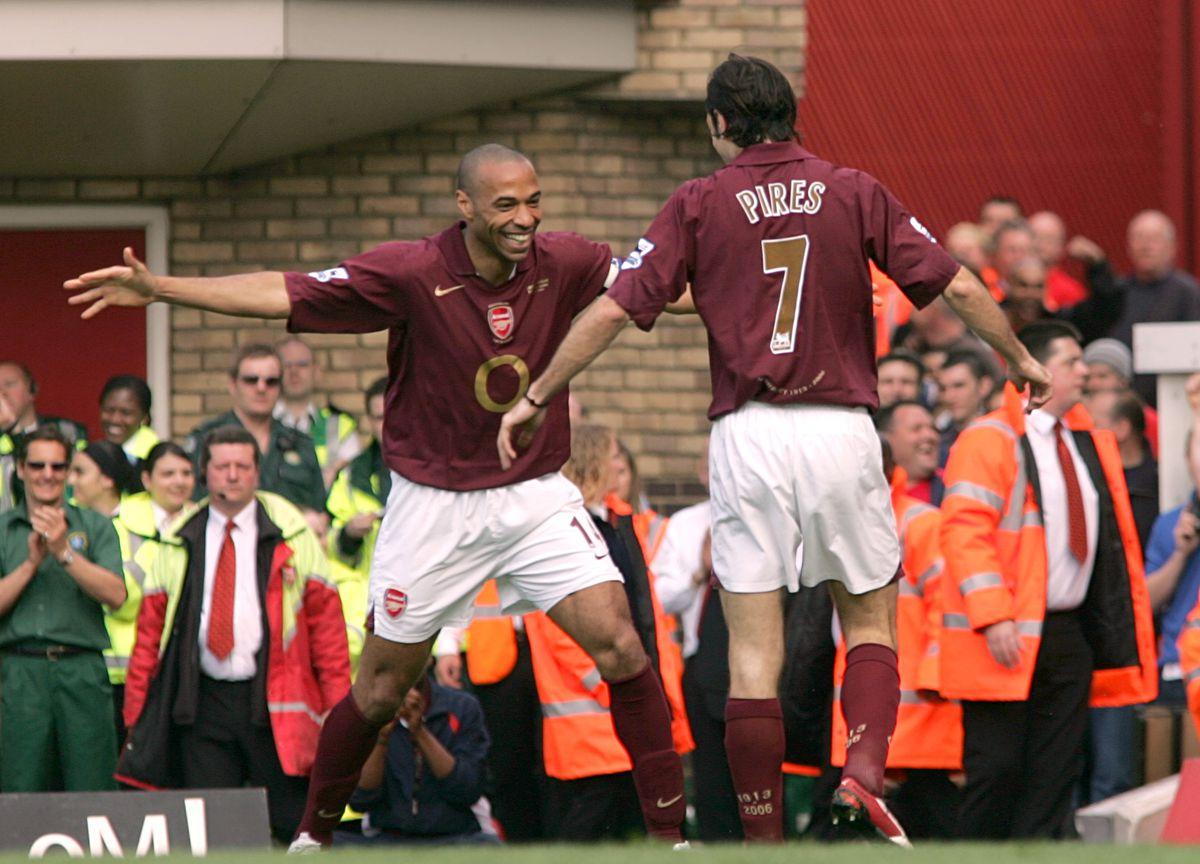 Soccer - FA Barclays Premiership - Arsenal v Wigan Athletic - Highbury