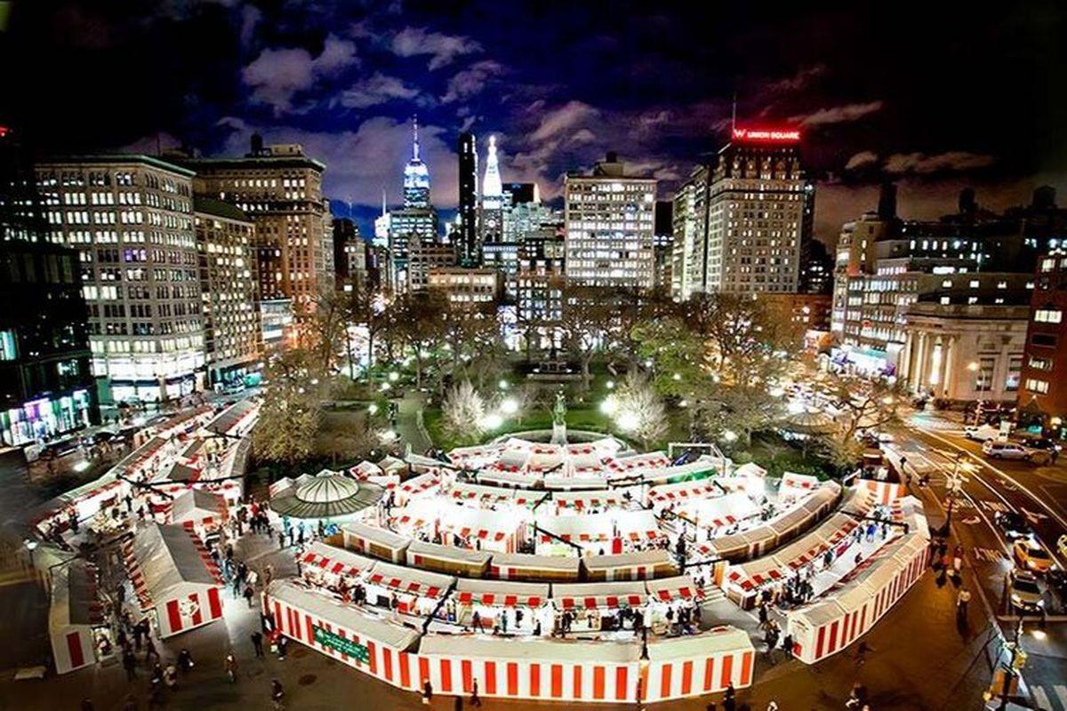 Columbus Circle Christmas Market 2020 Hours Where to Eat at NYC Holiday Shopping Markets   Eater NY