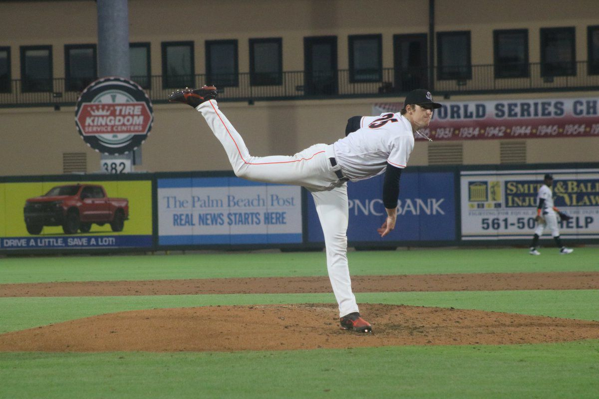 Marlins prospect Sean Reynolds pitches as a reliever for the Low-A Jupiter Hammerheads