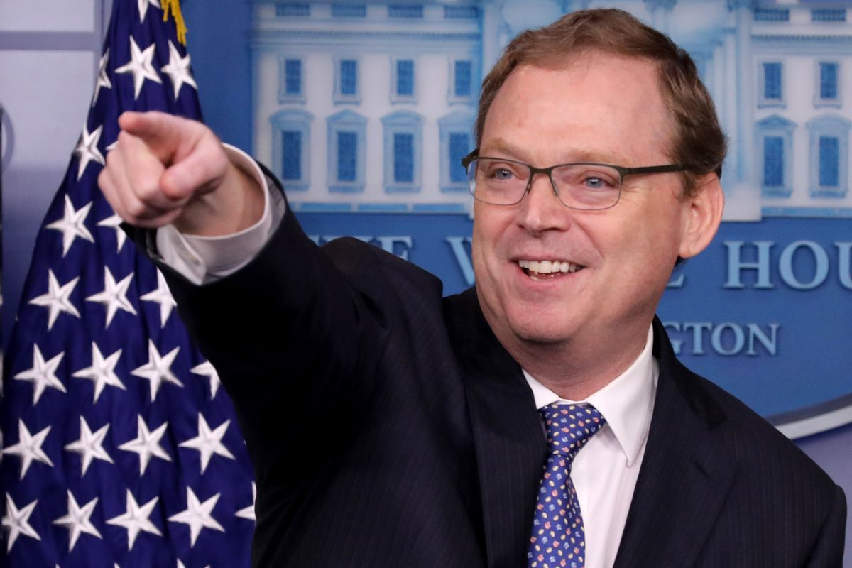ea84fb4481 Kevin Hassett says Apple's China sales were hurt by Trump - Vox