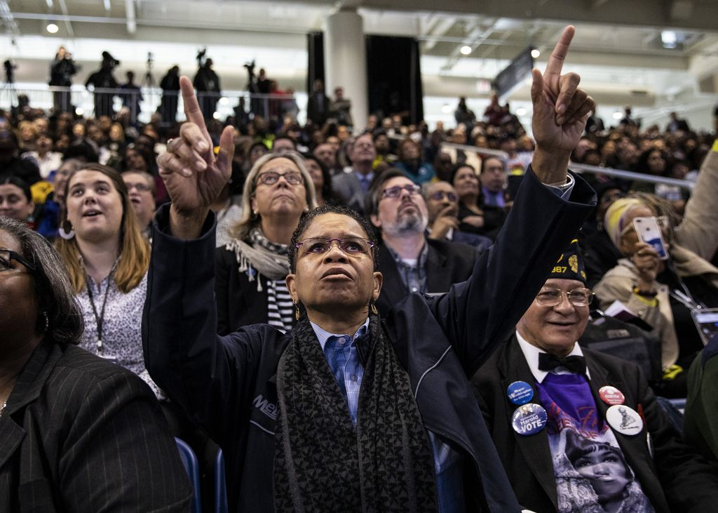 Thousands of people listen as Mayor Lori Lightfoot delivers her inaugural address at Wintrust Arena, Monday morning, May 20, 2019.
