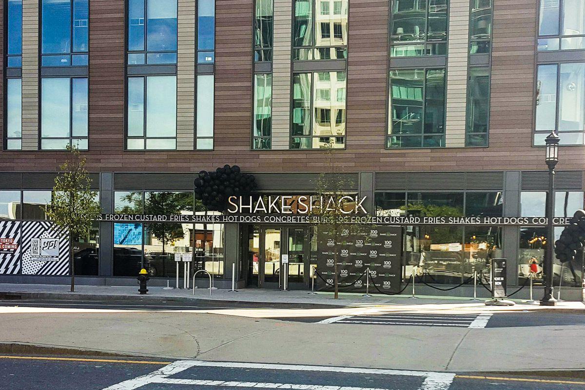 Shake Shack in Boston's Seaport District