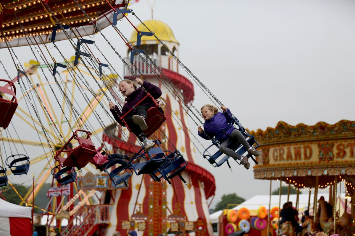 No this isn't the Iowa State fair. It's a fair in England. SAME DIFFERENCE.