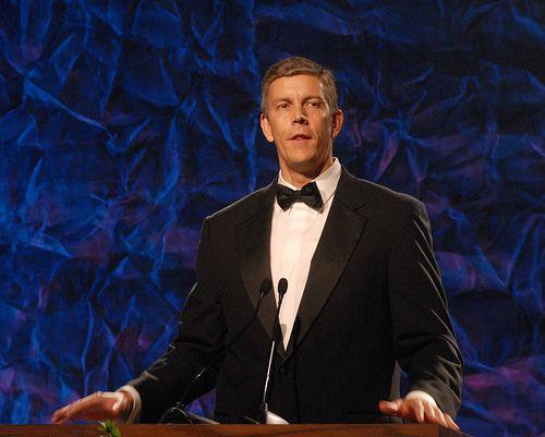 The very tall man who will be Obama's education secretary. (Via Flickr)