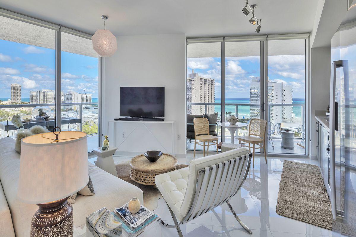 Yanic Simard S Miami Beach Vacay Condo For 449k Curbed