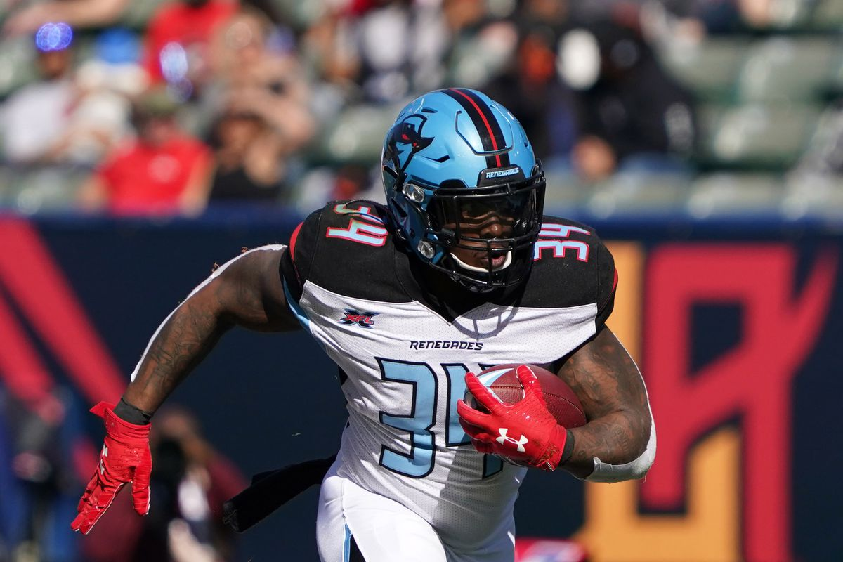 Dallas Renegades running back Cameron Artis-Payne carries the ball against the LA Wildcats in the third quarter at Dignity Health Sports Park. The Renegades defeated the Wildcats 25-18.