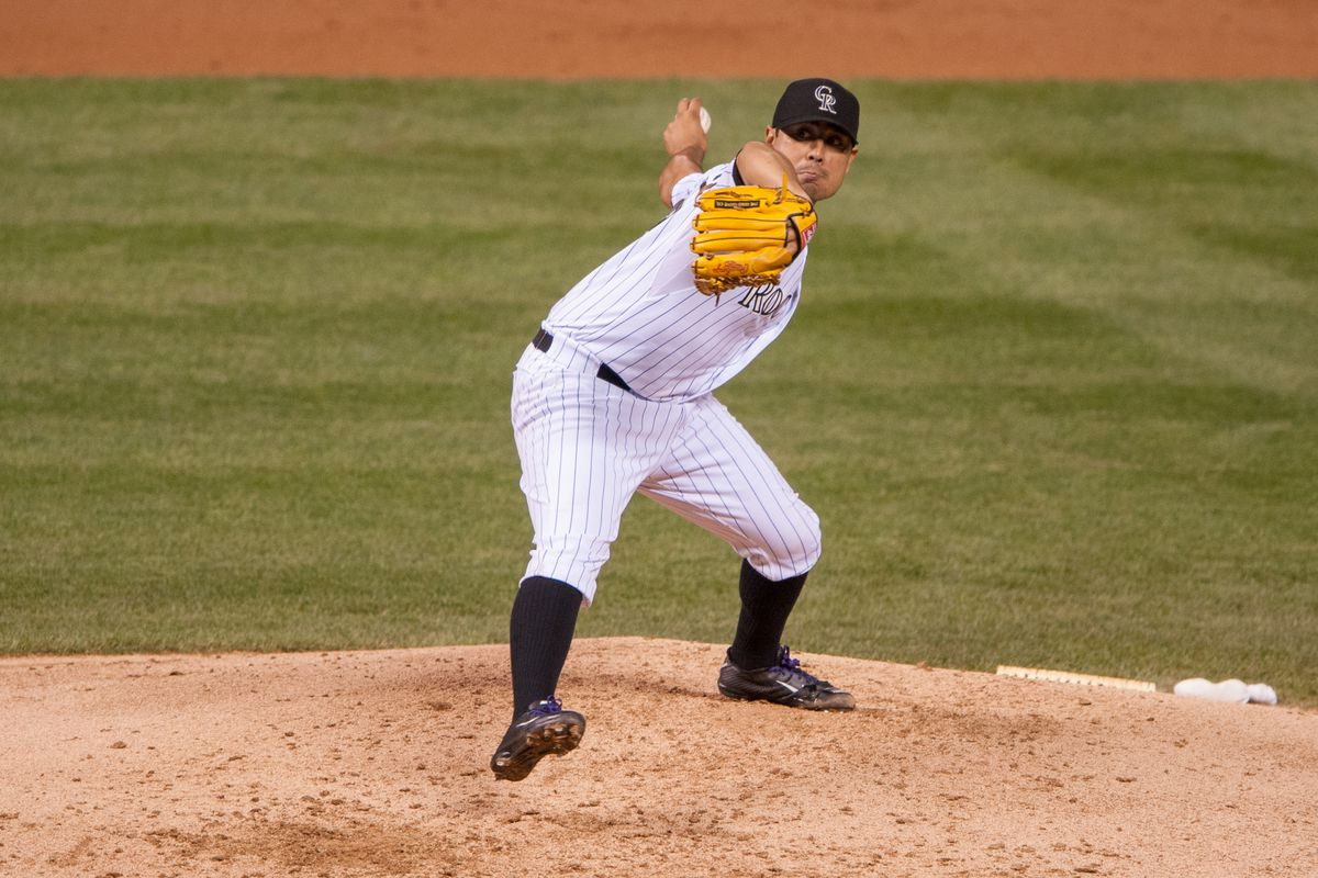 Jorge De La Rosa looks to put a stop to the Rockies' four-game losing streak tonight against the Giants.