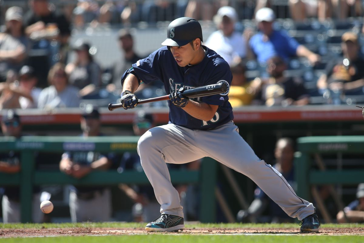 Mariners sweep Pirates on Talk Like a Pirate Day