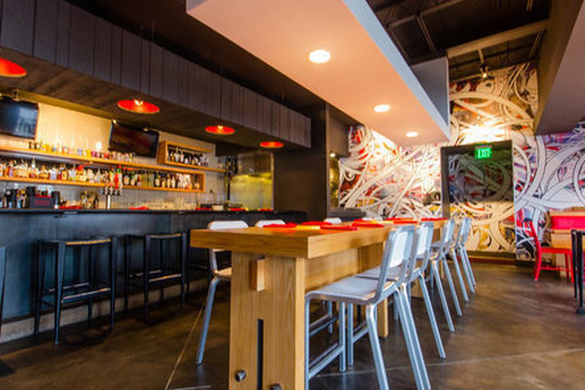 """<a href=""""http://atlanta.eater.com/archives/2013/12/13/scope-the-new-flip-replacing-hd1.php"""">Flip Burger Poncey-Highland</a>."""