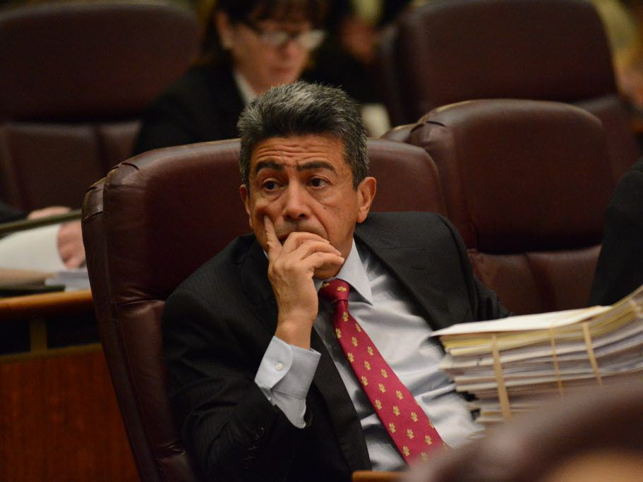 Ald. Danny Solis during a City Council meeting in 2015 (Brian Jackson/For The Sun-Times)
