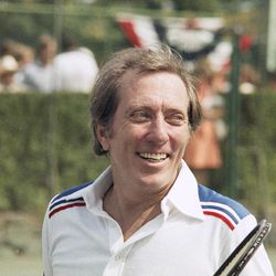 """Singer Andy Williams at RFK celebrity tennis tournament at Forest Hills, New York on August 27, 1977. Emmy-winning TV host and """"Moon River"""" crooner Williams died Tuesday night, Sept, 25, 2012 at his home in Branson, Mo., following a year-long battle with bladder cancer. He was 84."""