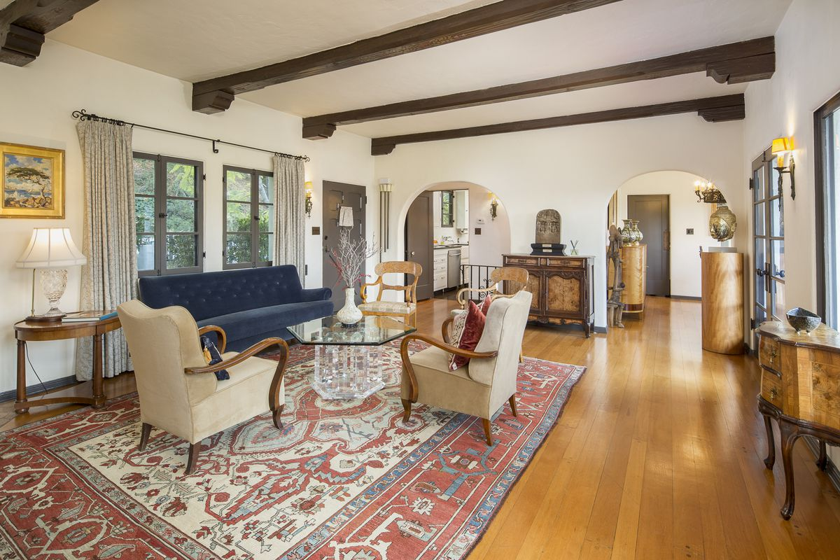 1920s Spanish-style in historic Pasadena district for sale ...