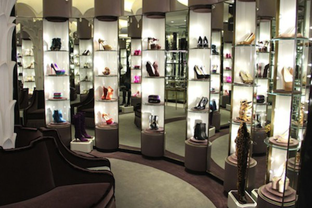 """The Brian Atwood boutique in its heyday; Photo via <a href=""""http://www.wwd.com/accessories-news/footwear/brian-atwoods-first-store-opens-6403853"""">WWD</a>"""